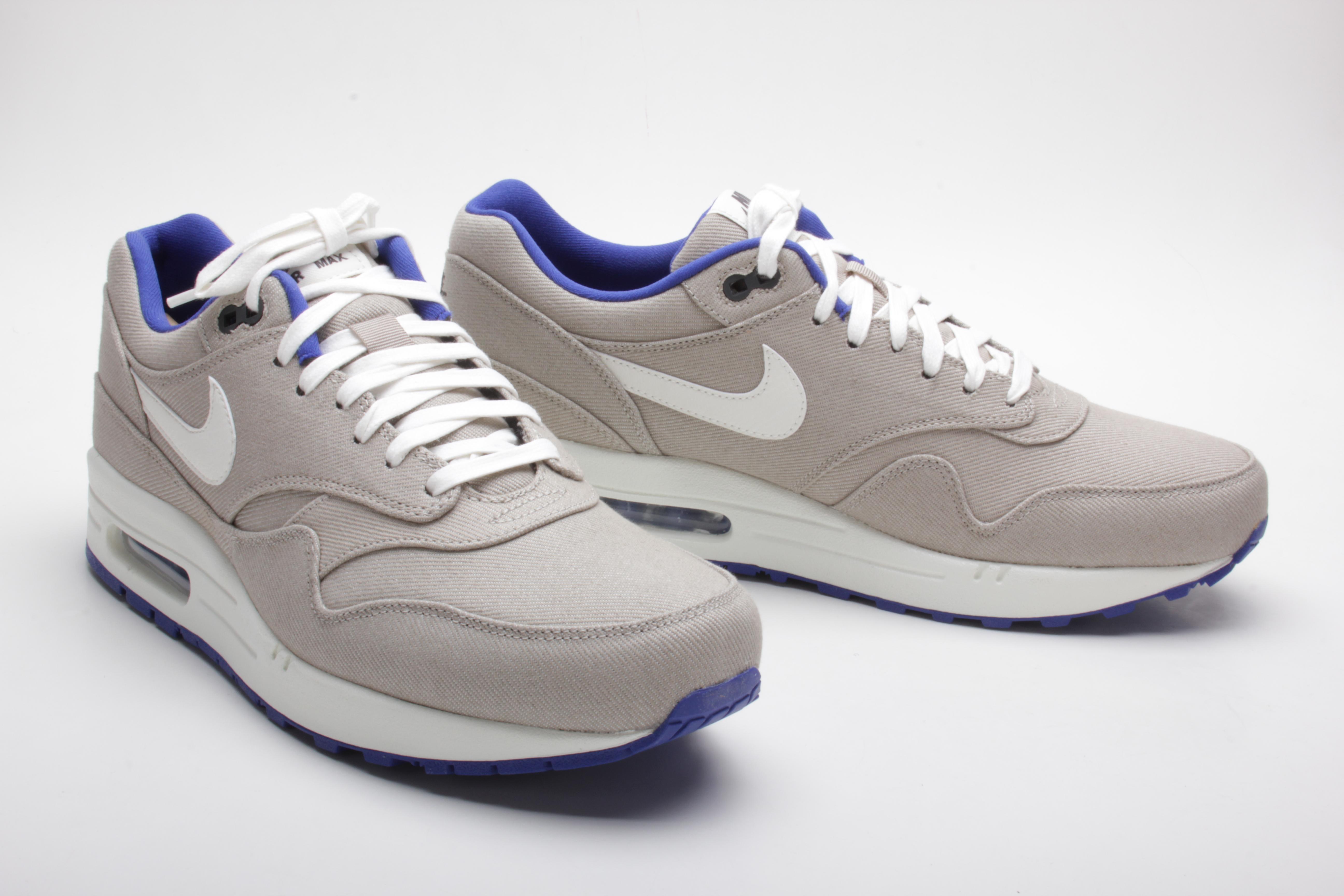 Sneaker | SNKRZ what else?